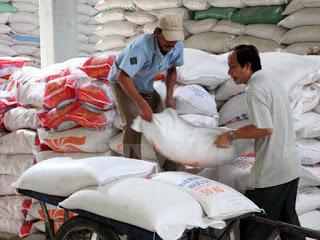 Xuất khẩu gạo tiếp tục bế tắc do thiếu thị trường