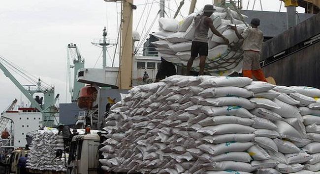 Indonesia nhập 200.000 tấn gạo từ Việt Nam